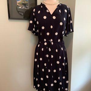 Dresses & Skirts - Loft Short-Sleeved Polka Dot Dress Size Large